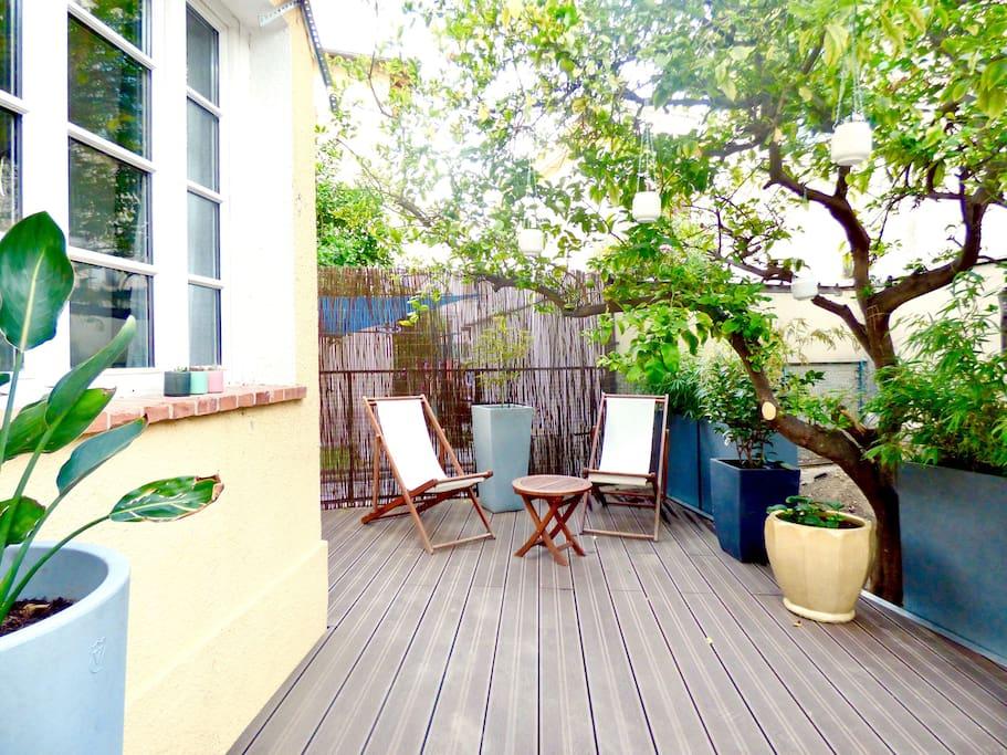 La terrasse sud et son citronnier