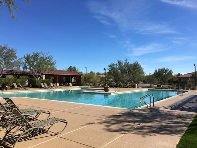 MONTHLY SAVINGS  Simply Irresistible Superb 4 BR Home/ COM Pool
