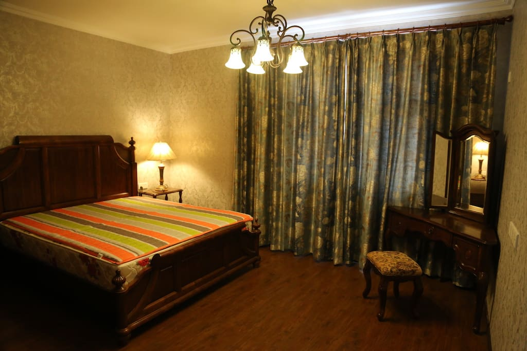 主卧 2米大床房