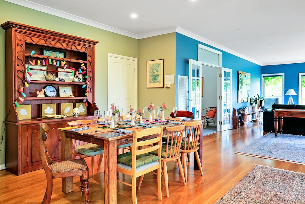 open plan dining living area