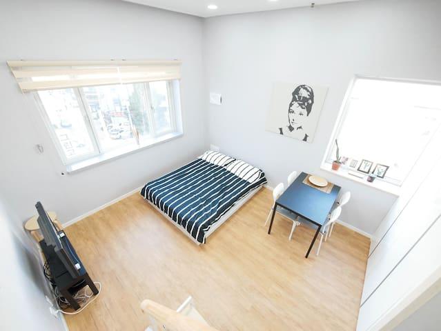 ★OPENING SALE★[Renovated Flat] DDM Audrey Loft