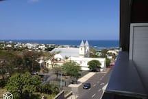 Vue mer et Port de la terrasse.