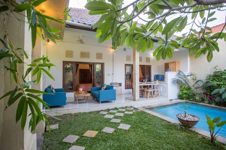 RENOVATED Lovely Budget Villa in Seminyak