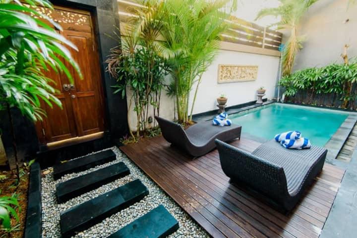 Cozy & Comfortable Villa w/ Private pool @Raka