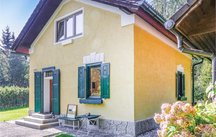 Holiday cottage with 3 bedrooms on 90m² in Maria Elend