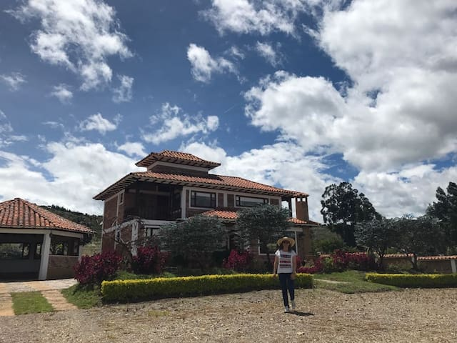 """Casa """"San Martín"""" paz y tranquilidad"""""""
