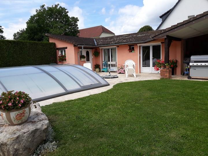 Super gîte terrasse couverte/piscine sécurisée