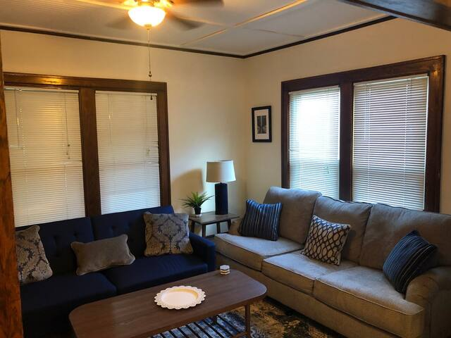 Seward Suites 6 Bedrooms 3 Units