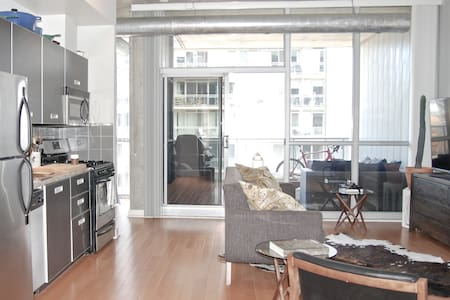 Luxury loft in the heart of King West - Toronto - Apartment