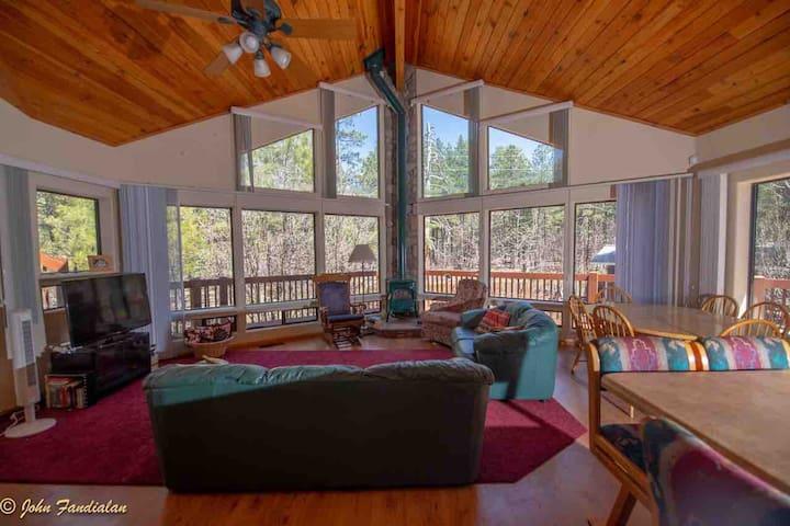 Near Flagstaff Forest Views Mountain Retreat 4B3BA