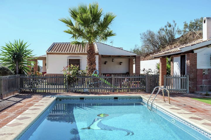 Roofed Cottage in Andalusia with fantastic pool and garden