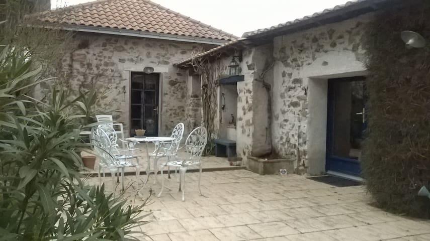 Chambres d'hôtes LE CHIRONET - La Limouzinière - Dom