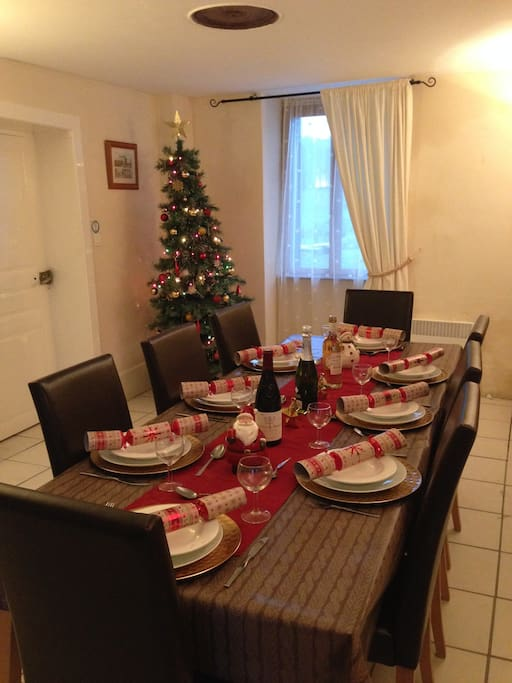Christmas Dinner in Wisteria Cottage...
