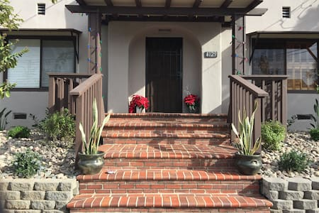 Bungalow in the Heart of Hillcrest/Mission Hills - San Diego - Apartment