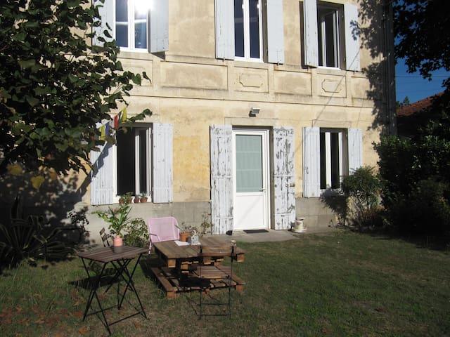A 25 min de Bordeaux Maison au cœur des Graves - Arbanats - Rumah