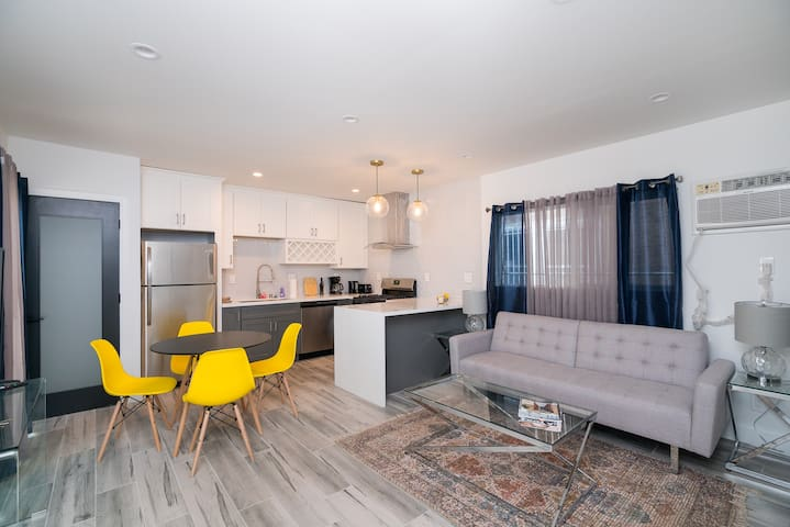 Beautiful 1BDR Apartment Completely NEW, B