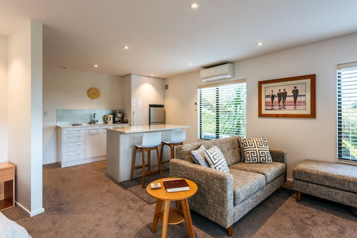 Bayview Private Guest Suite Palm Beach Waiheke