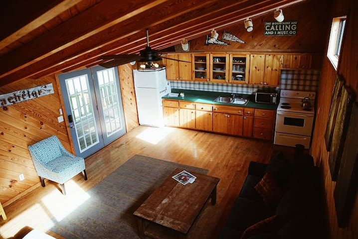 Big South Fork Cozy Cabin