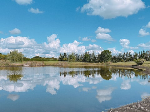 Bungalows frente a laguna