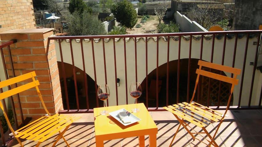 Casa rural Cal Drac catalogada con 3 espigas. - Puigdàlber - Casa