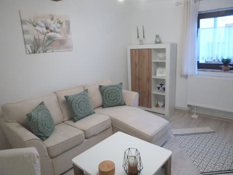"""Holiday home """"Im Höhlchen"""" - New 2021 - quiet location"""