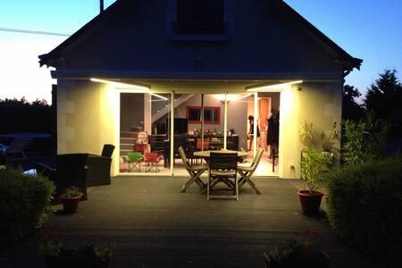 Charmante Maison au calme - Saint-Clément-des-Levées - Casa