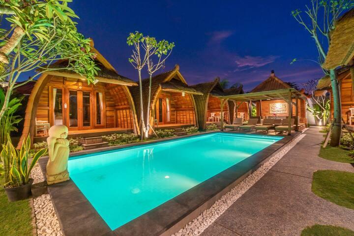 Peaceful Balinese Wood Cabin by Bukit Vista #3