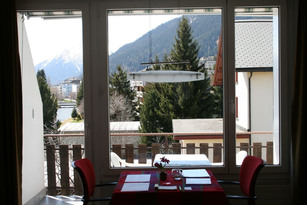 Enjoy your dinner with an amazing Swiss mountain view in the background.