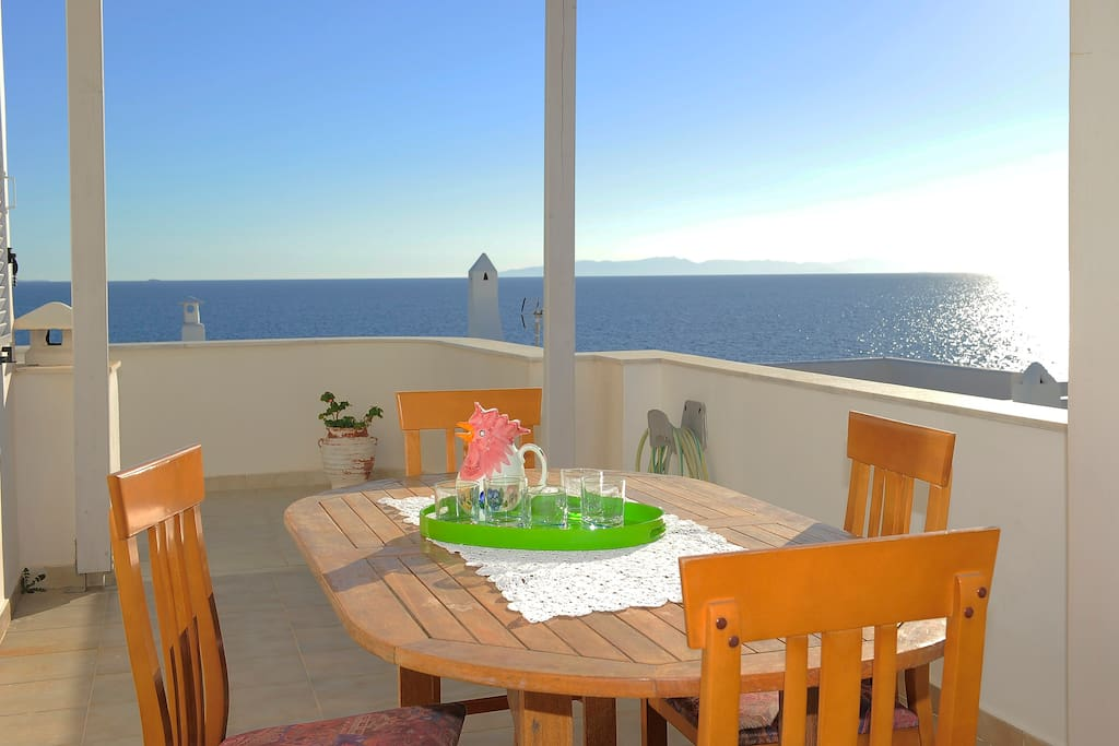 breakfast balcony.