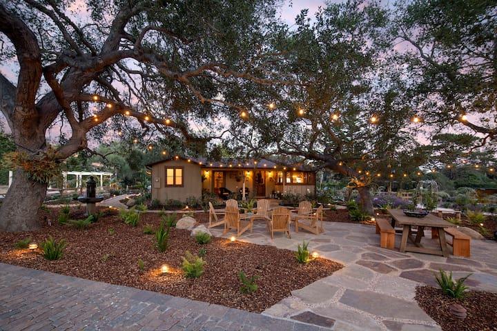 Storybook Montecito Cottage - Montecito - Hus