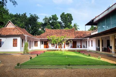 Akkara Homestay, a 200 year old riverside mansion