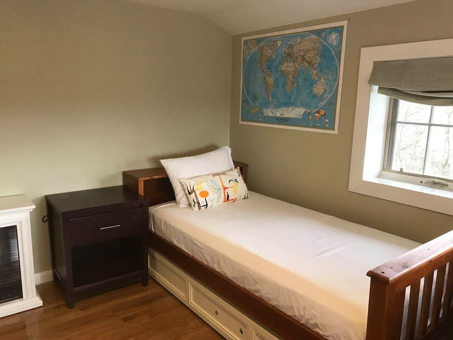 Bed-2 + Trundle bed