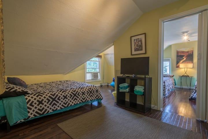 Attic Cozy 2  Rooms #34