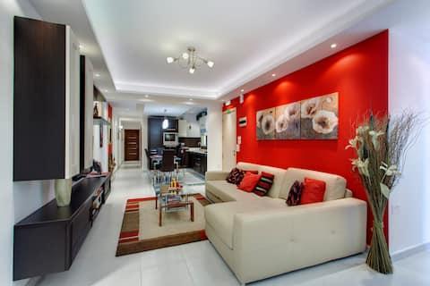 Modern 2 Bedroom Sea View Apartment