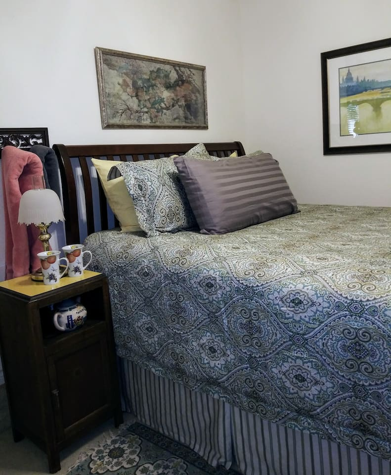 """Dragon Fly Retreat Fresh look replacing """"Grandma's House"""" Queen bed with cool memory foam topper"""