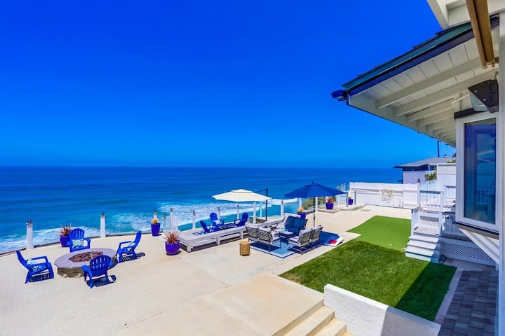 75' Ocean Front Villa on 1/3 Acre ★ AC ★ Dogs OK