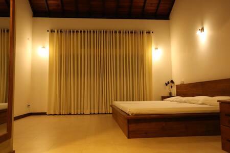 Luxuary House at Marata City - Matara