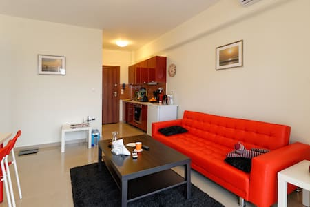 Modern and comfortable 2 bedroom - Leilighet