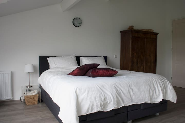 Luxe boerenkamer - Groesbeek - Apartment