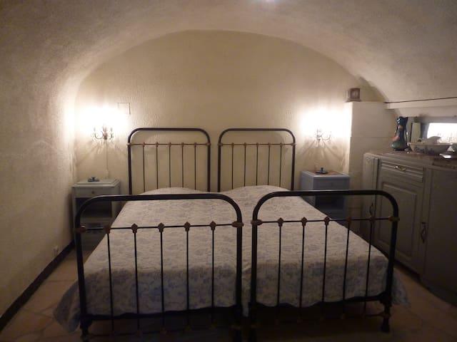slaapkamer chambre bedroom