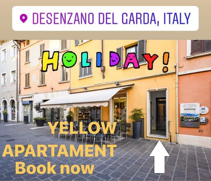 Desenzanoloft: Yellow Apartment CIR 017067-CNI-00455