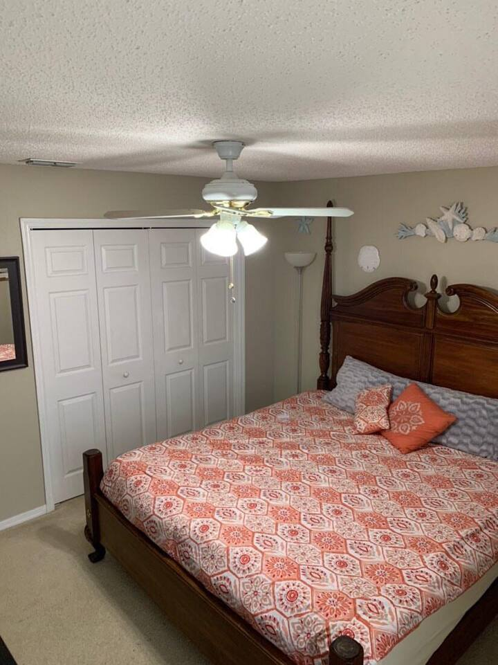 Private Bedroom in Clermont FL