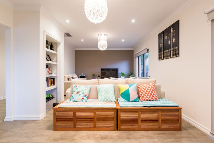 Luxury,Spacious,Modern&Comfy(BETTA) - Balwyn North - Huis