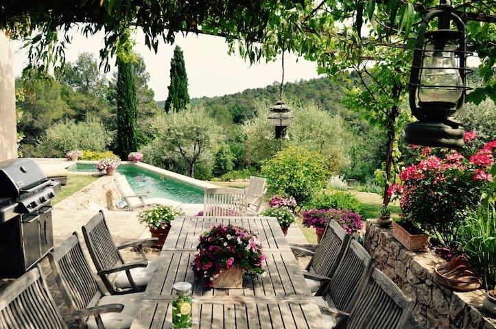 Уникальная очаровательная вилла в стиле Прованс - Valbonne - Villa