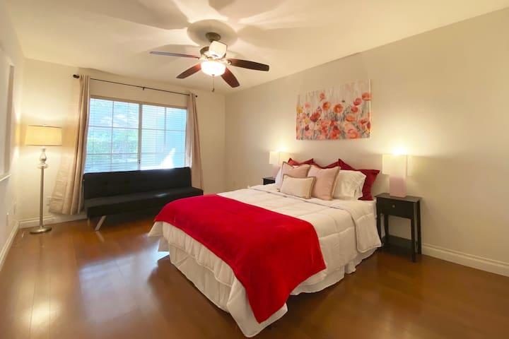 ♡27. 1F Bedroom - B1