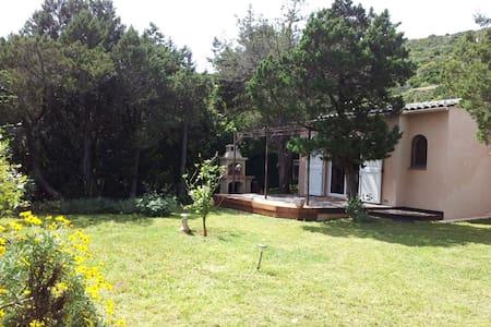 Calme maisonnette d'environ 50m2, - Pianottoli-Caldarello - 独立屋