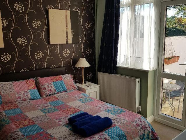 Double Room at VS King William