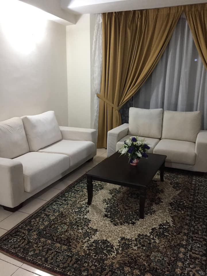 PJ - Amcorp Serviced Suite 1 bedroom with Wifi