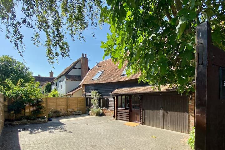 17th Century Barn in Thame, near Oxford - Sleeps 5