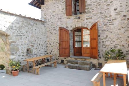 casa vacanze camelia - Pescaglia - Casa